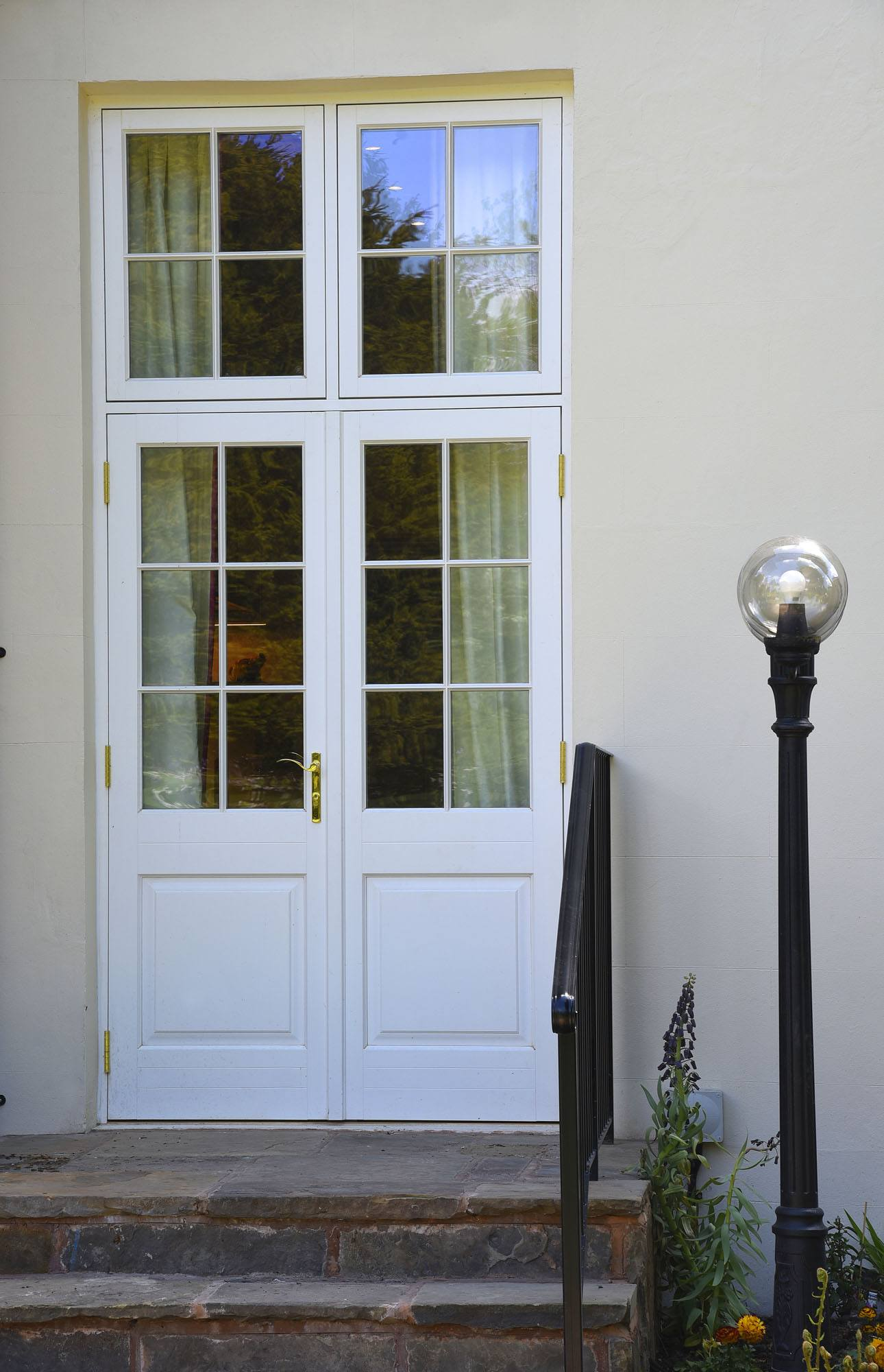 French doors bifold patio doors timber patio doors for Double opening patio doors