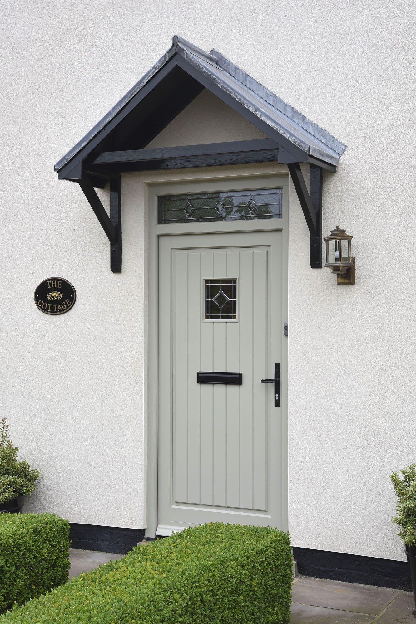Timber entrance doors timber front door double glazed for Front doors that let in light